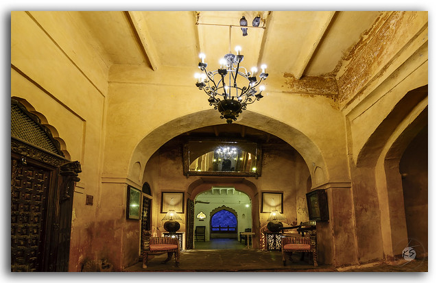 Ostentatious interiors of a Rajputana castle!
