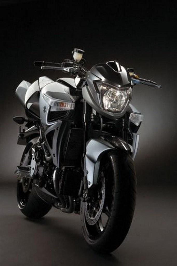 Suzuki B-KING 1300 2007 - 21