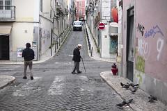 Saturday morning frenzy #street #lisbon #t3mujinpack