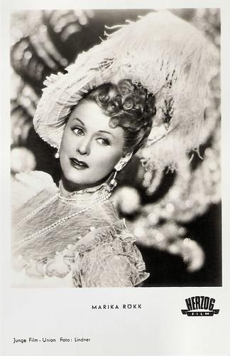 Marika Rökk in Die Casardasfürstin (1951)