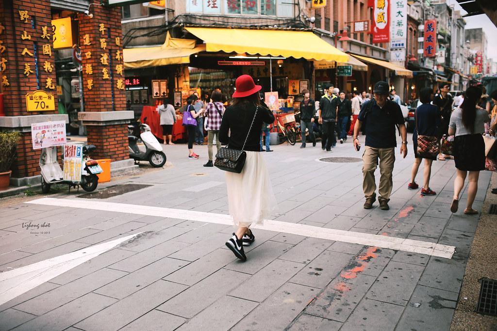 那個不是過年的迪化街趴趴走