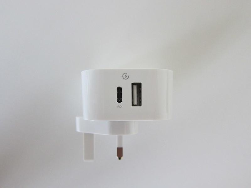 Innergie PowerJoy 30C - Ports