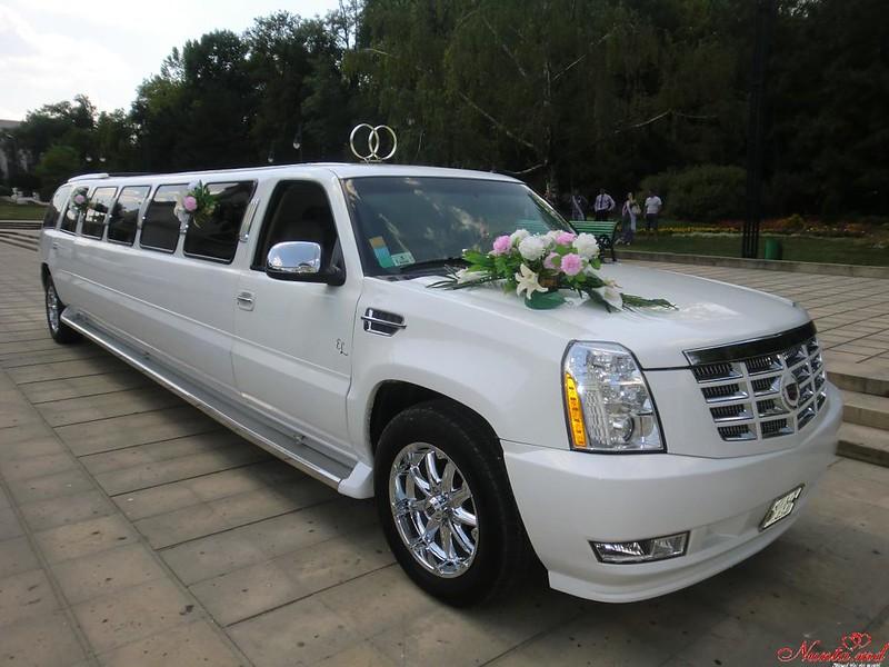"""Лимузины в Кишиневе """"Limousines"""" > Cadillac Escalade 2008"""