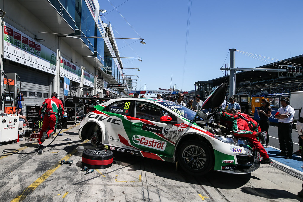 18 MONTEIRO Tiago (prt), Honda Civic team Castrol Honda WTC, ambiance during the 2017 FIA WTCC World Touring Car Race of Nurburgring, Germany from May 26 to 28 - Photo Antonin Vincent / DPPI
