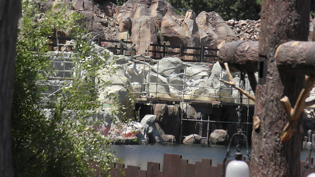Star Wars Land construction at Disneyland Park, May 27th, 2017