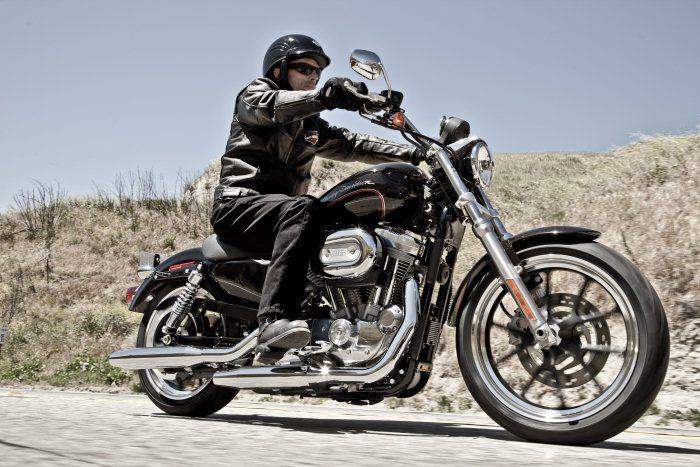 Harley-Davidson XL 883 L Superlow 2011 - 10
