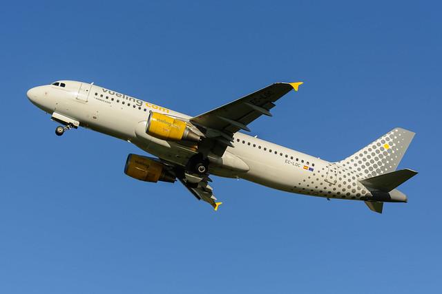 EC-LOC | Vueling | Airbus A320-214
