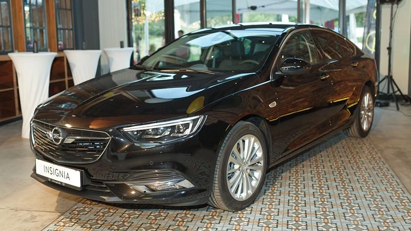 Opel Insignia, македонска премиера