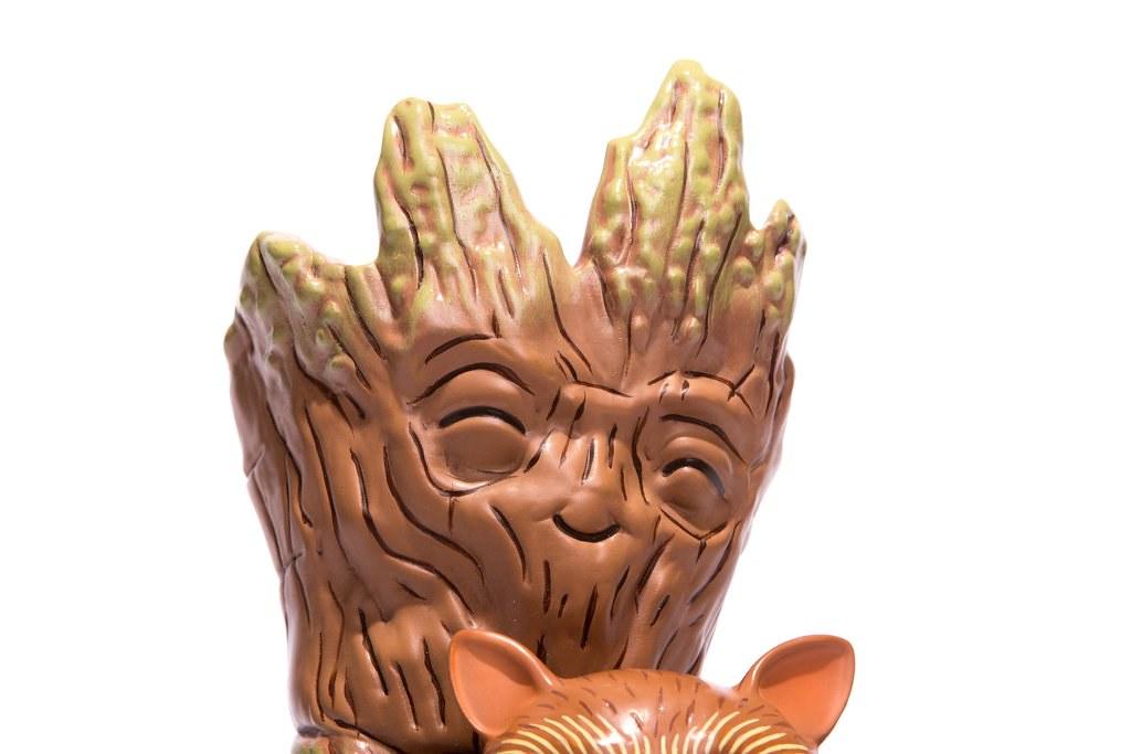 宇宙最麻吉好朋友!!MONDO【友情の抱抱】Rocket & Groot: Treehugger Vinyl Figure