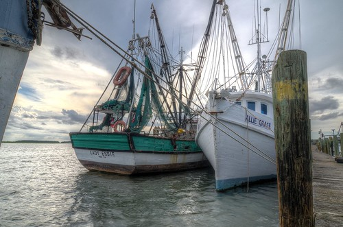 shrimpboats pier water clouds sky cloudy wood antiques lines moored boat southcarolina port royal sunset