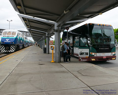 .@SoundTransit Sounder North & Amtrak Cascades Bus