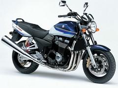 Suzuki GSX 1400 2003 - 25
