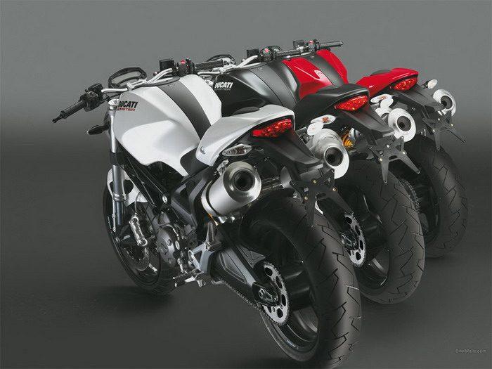 Ducati 696 MONSTER 2008 - 1