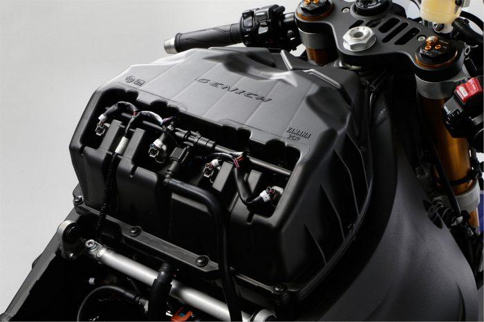 Yamaha YZF-R1 1000 2019 - 13