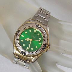 Vintage John Weitz Men's Watch. Green Face Silver Tone Stainless Steel Men's Watch.