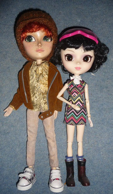 a917b503d Blythe and Pullip as well in the high price tag region. Both of mine were  secondhand and damaged