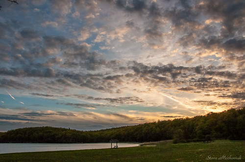 smack53 evening eveningsky sunset sundown paintedsky clouds sky waywayandastatepark statepark newjerseystatepark spring springtime lake lakewaywayanda nikon d300 nikond300 vernon newjersey