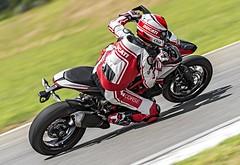 Ducati HM 821 Hypermotard SP 2015 - 6