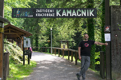 Kamačnik, at the entrance