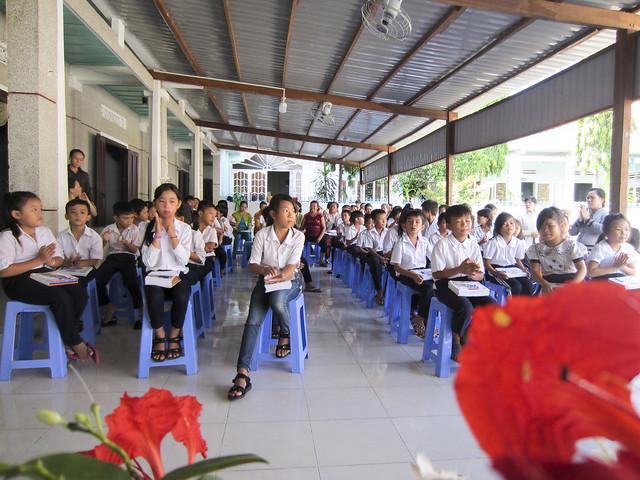 Trường Tình Thương Phan Rí Cửa Tổng Kết Năm Học 2016-2017