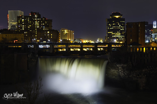 city water night light glow lights ny long niagara exposure new state shine illumination york rochester escarpment