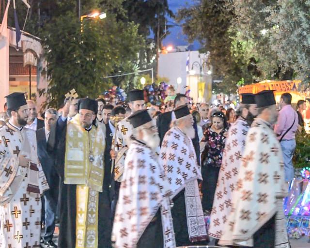 H περιφορά της εικόνας του Αγίου Πνεύματος στην πλατεία της Ψίνθου (2017)