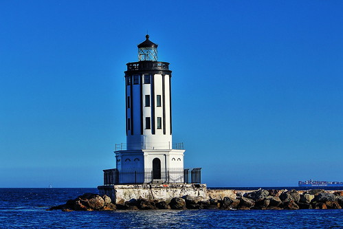 losangelesharborlight lighthouse sanpedro sanpedrobreakwater california ocean water photographerswharf worldtrekker