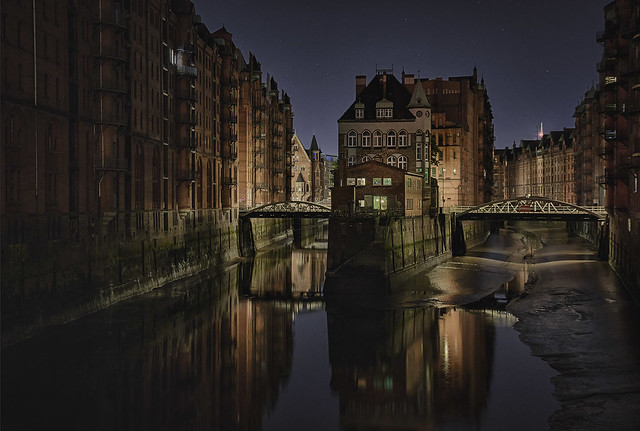 Speicherstadt - warehouse district, Sony ILCA-99M2, Tamron AF 28-300mm F3.5-6.3 XR Di LD Aspherical [IF] Macro