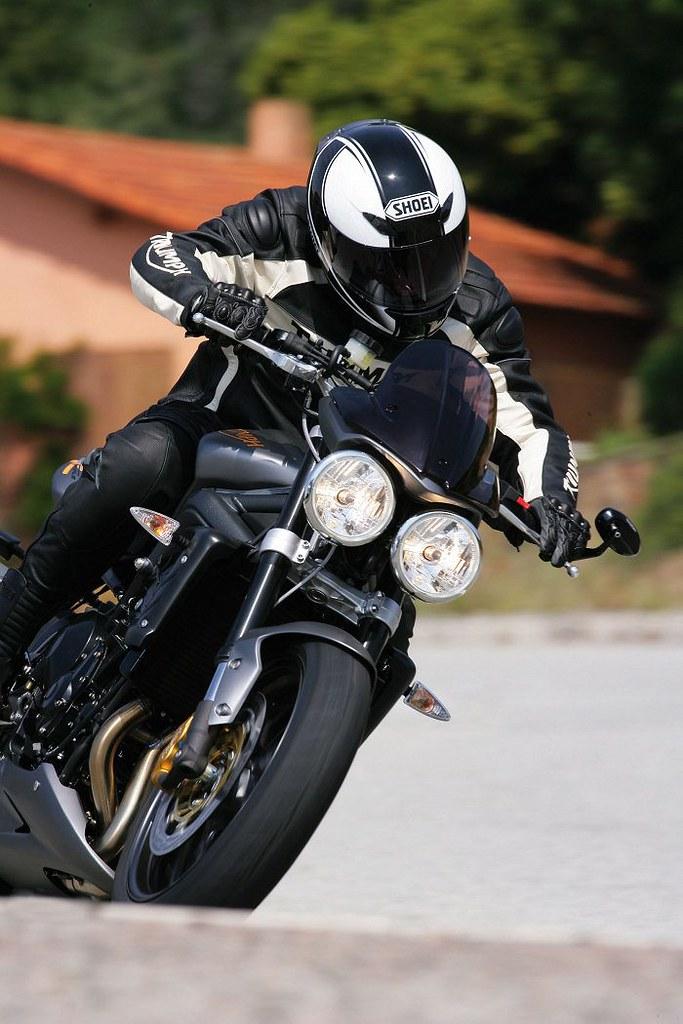 triumph 675 street triple r 2009 galerie moto motoplanete. Black Bedroom Furniture Sets. Home Design Ideas