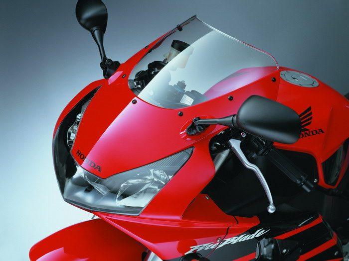 Honda CBR 900 RR FIREBLADE 2003 - 29