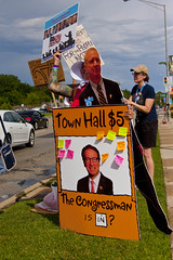 Protest at Fundraiser for Illinois Governor Bruce Rauner Rosemont 6-19-17 083
