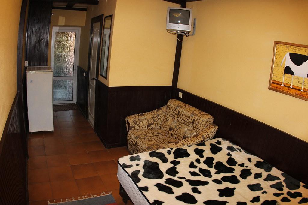 Трёхместный стандартный номер, размещение 2 + 1, с завтраком, отель Баден Баден в Архипо-Осиповке