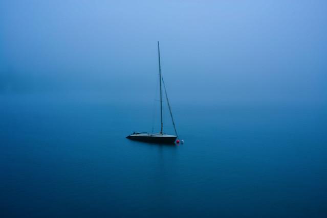 Lost in the fog, Nikon D800, AF Zoom-Nikkor 28-105mm f/3.5-4.5D IF