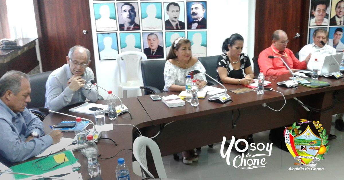 Alcaldía de Chone aprobó donación de terreno para construcción de agencia de CNEL