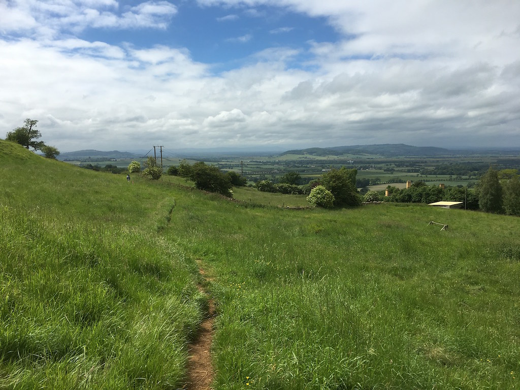 On the Cotswold Escarpment Moreton-in-Marsh Grand Circular walk