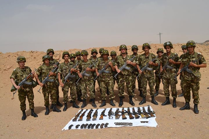 مكافحة الارهاب في الجزائر - صفحة 2 33899044904_b188ec81ab_b