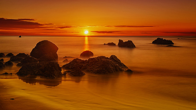 Sun horizon. *** (Explore)