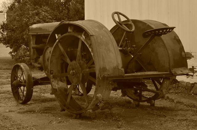 Grampa's tractor, Nikon D90, AF Zoom-Nikkor 28-80mm f/3.3-5.6G