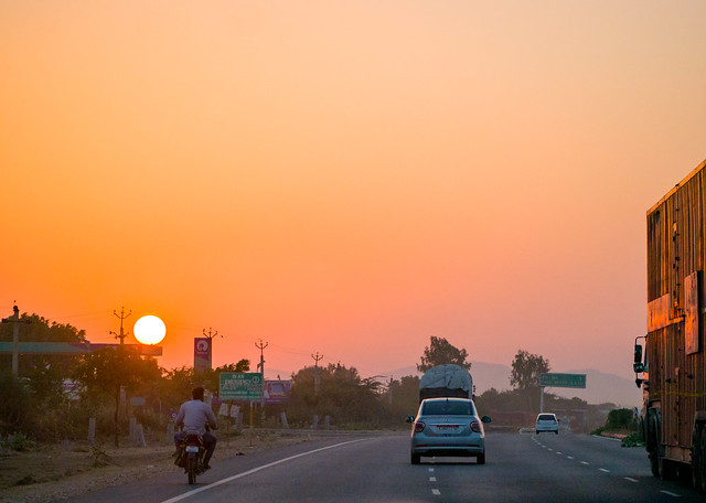 Driving to Jodhpur, Panasonic DMC-GM1, LUMIX G VARIO 45-150/F4.0-5.6