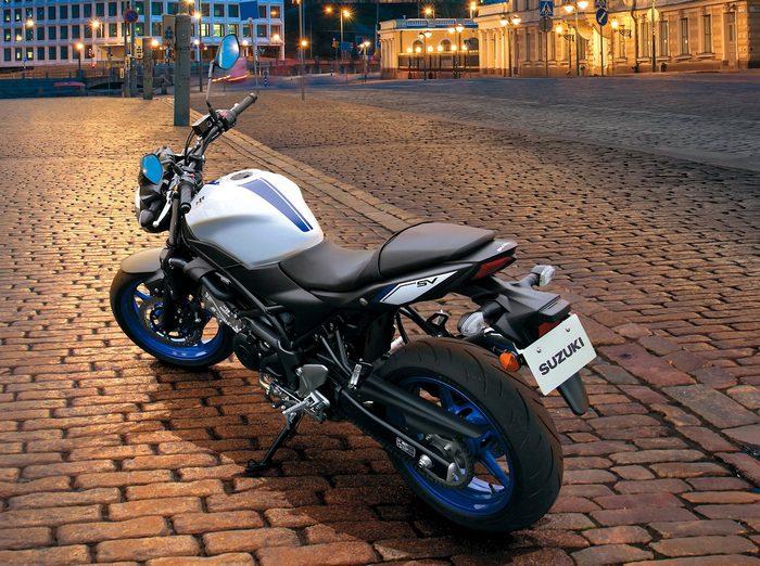 Suzuki SV 650 2016 - 13