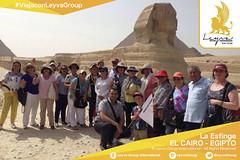 Ya estamos en #ElCairo #Egipto ?? atr�s la monumental Esfinge de Gizeh