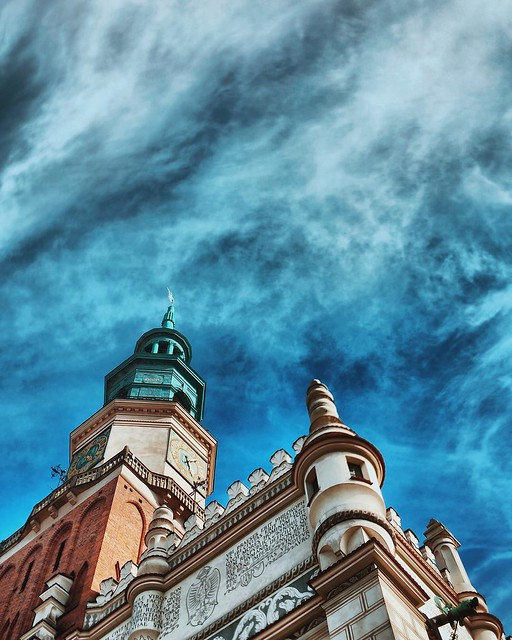 I came to Poznan for a talk about travel blogging with @fotostrasse but i used my time here to enjoy the city, drink some beers and take some pictures of this amazing polish city. #travel #fotostrassegoestopoznan #fotostrasse