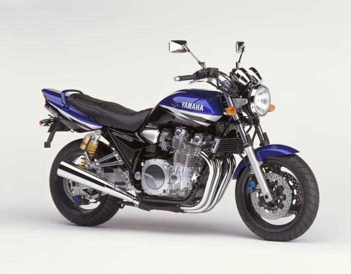 Yamaha XJR 1300 2000 - 9