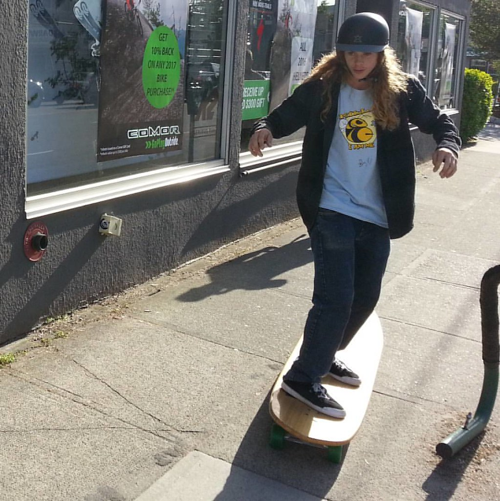 Andy Anderson testing Labs' Hamboard. #hamboards #boarderlabs #andyanderson
