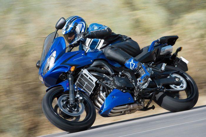Yamaha FZ6 600 FAZER S2 2007 - 25
