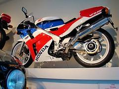 Honda NC 30 - VFR 400 R 1993 - 1