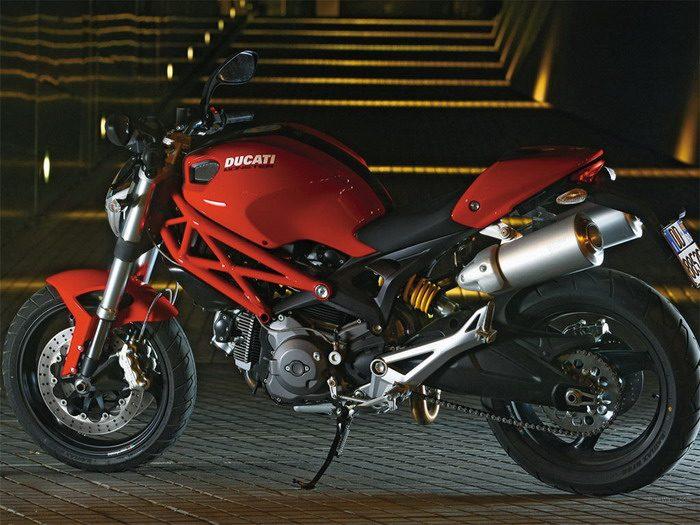 Ducati 696 MONSTER 2008 - 25