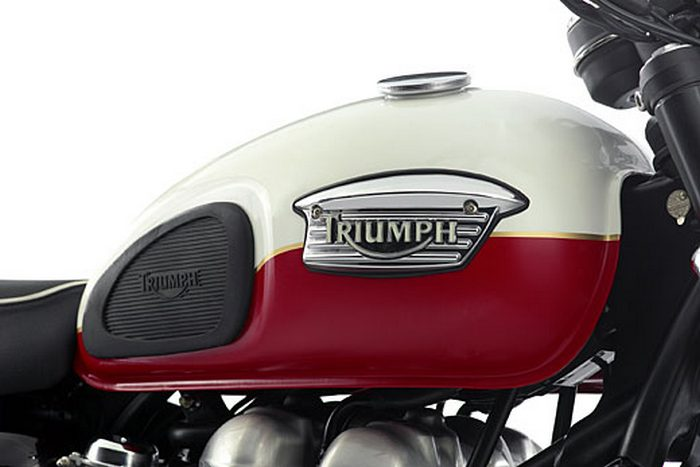 Triumph 900 SCRAMBLER 2006 - 4
