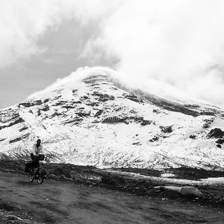 Descending from the 4850m campsite on Chimborazo. #cycling #cycletouring #adventurecycling #chimborazovolcano #ecuador #dirtroad
