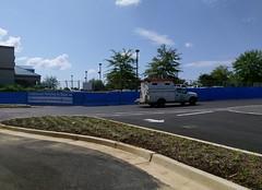 Hernando Kroger Marketplace - opening day view of the old parking lot